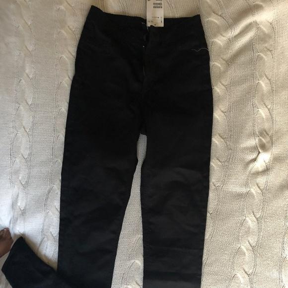 1536e7dcdae H   M BLACK JEANS SIZE 4 SKINNY LEG. NWT. H M